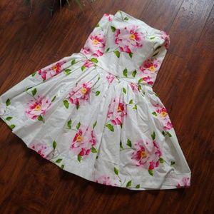Prett floral A&F white dress short cute summer